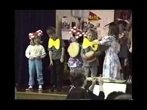 Adam Grade School Choir 1991 MI CS72
